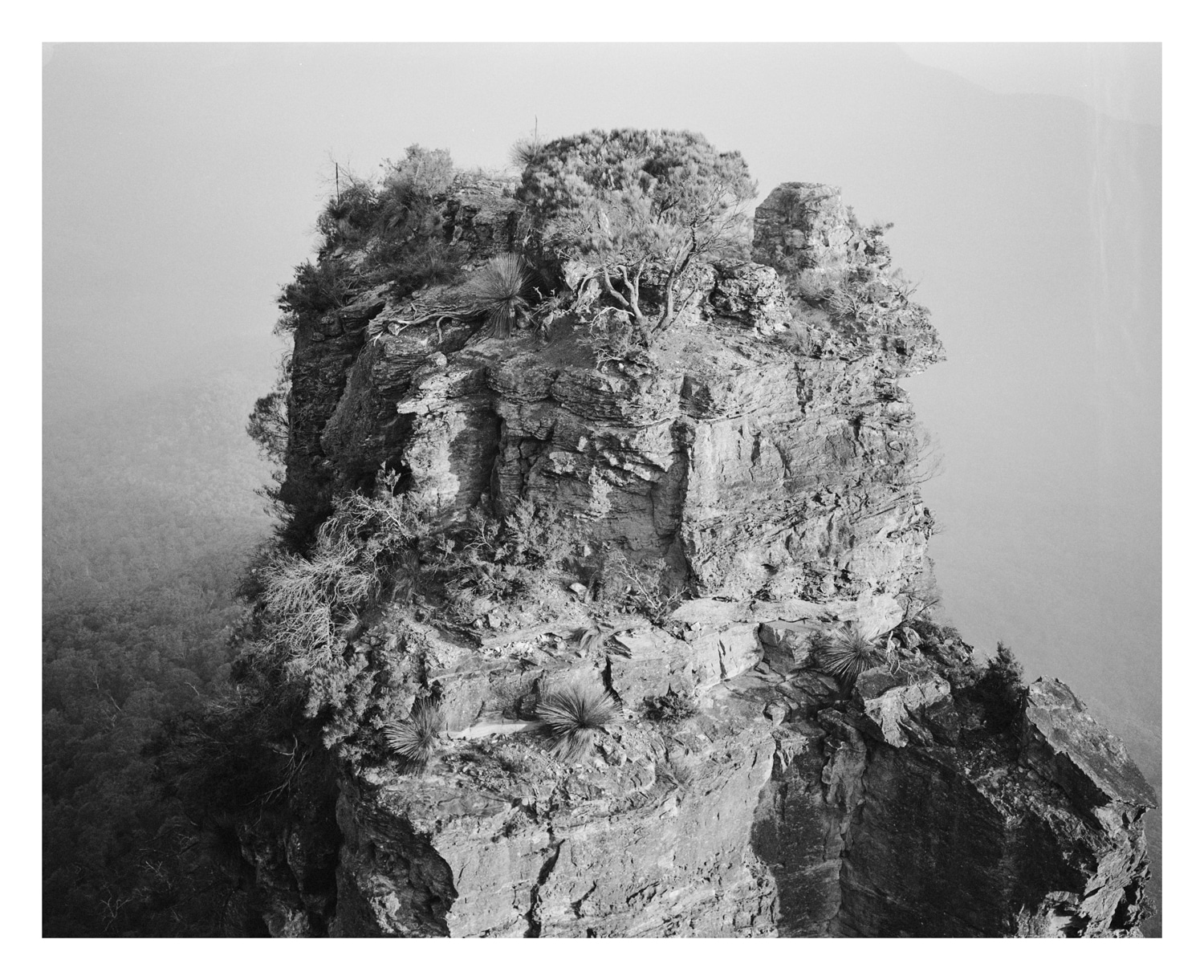 Three Sisters in the mist, Katoomba Blue Mountains